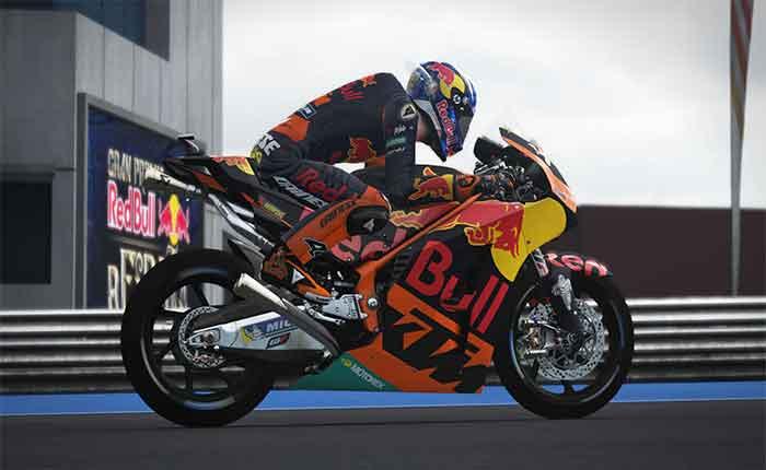 Official MotoGP 17 (PC)